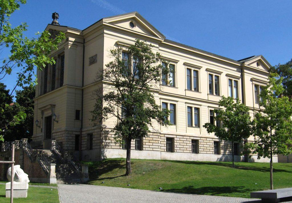 Universität-Halle-Wittenberg